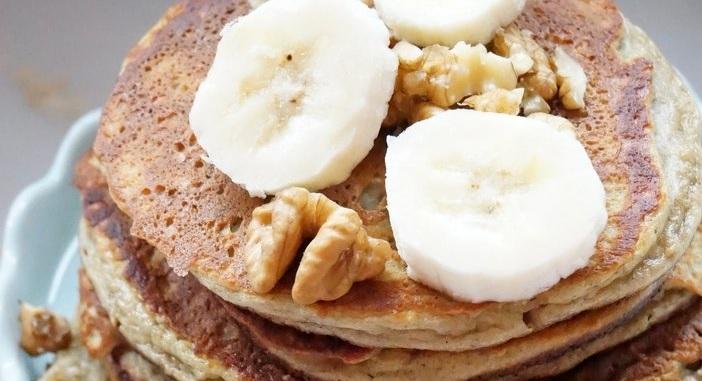 bananen pannenkoeken, banaan ei pannenkoek, gezonde pannenkoek met banaan en havermout