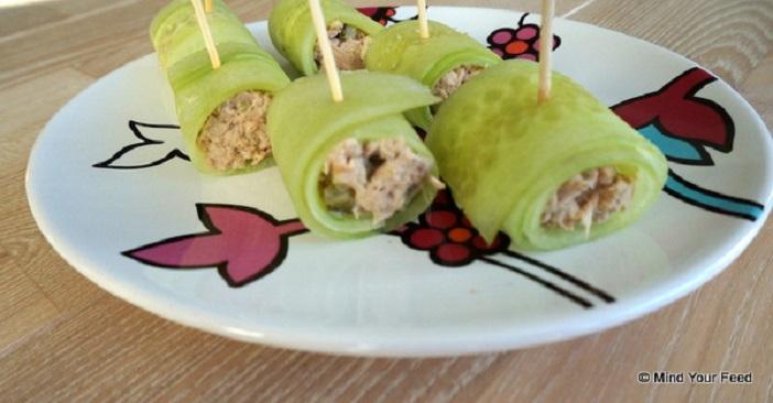komkommer rolletjes met tonijn salade, feestelijke borrelhapjes, gezonde borrelhapjes, hapjes voor Kerst