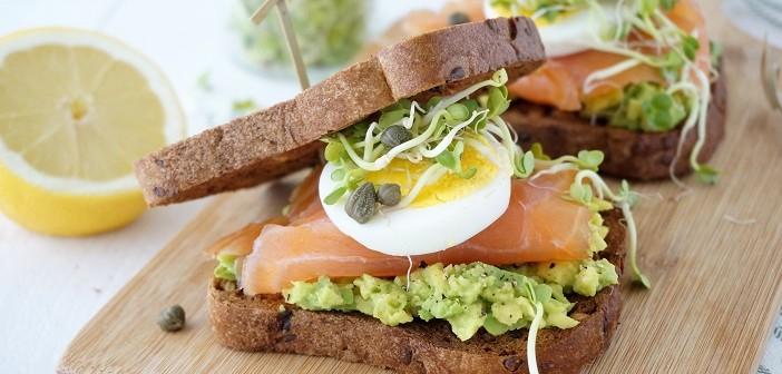 sandwich zalm avocado