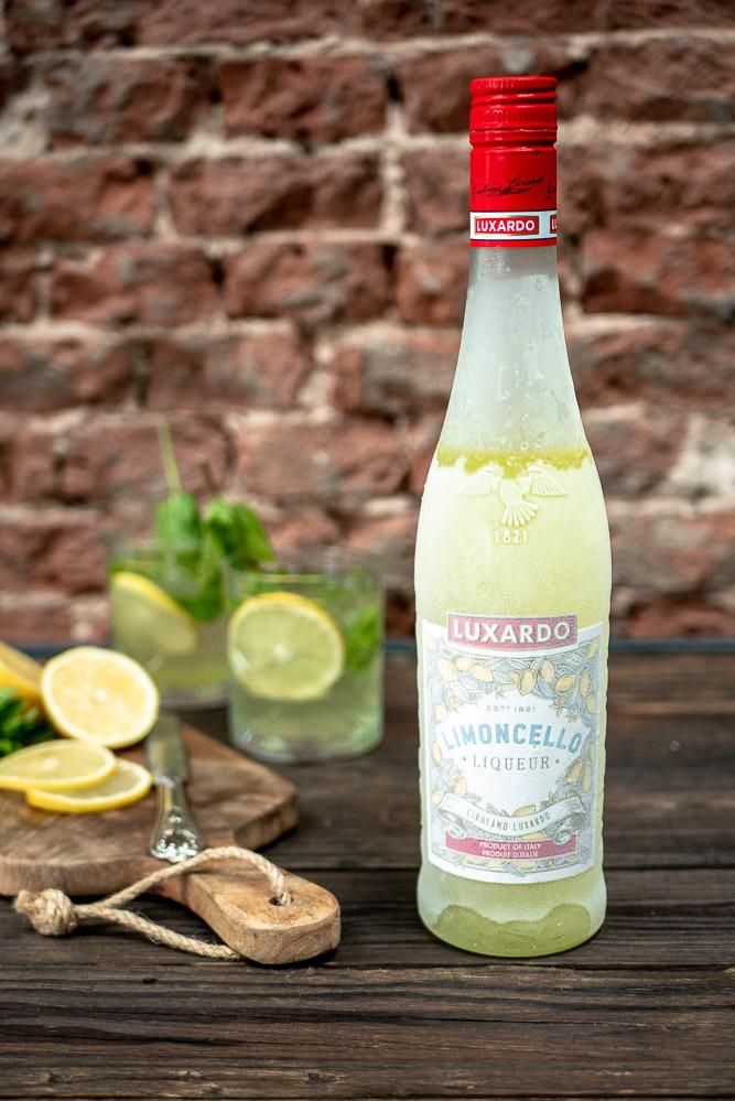 Tiramisu met limoncello, recept makkelijke tiramisu met citroen likeur