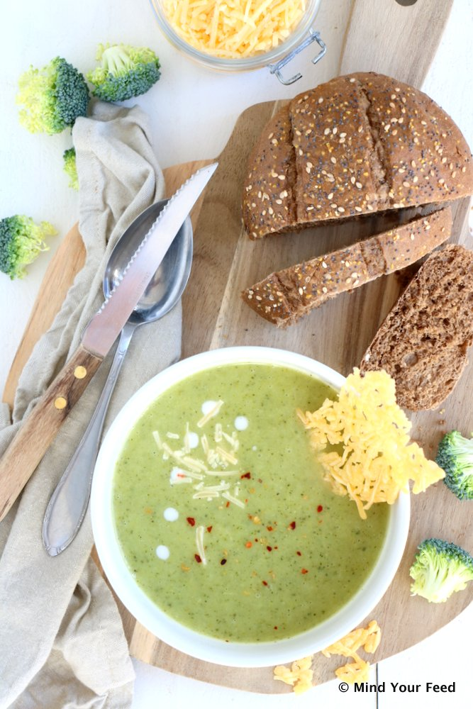 broccoli courgette soep, groente soep, zelf soep maken, courgettesoep, broccolisoep, voorgerechten