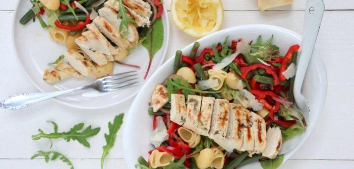 pastasalade met sperziebonen en kip