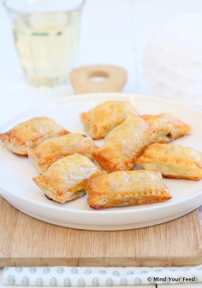 bladerdeeg borrelhapjes, makkelijke recepten voor hapjes van bladerdeeg.