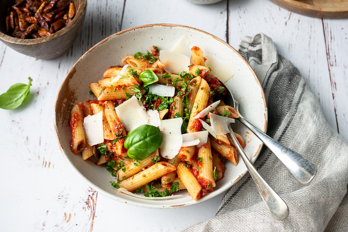 penne all'arrabiata, klassiek Italiaans recept voor arrabiatasaus