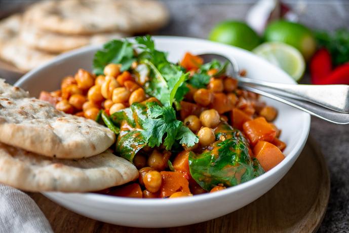zoete aardappel curry, zoete aardappel recepten, zoete aardappel stamppot, zoete aardappel quiche, zoete aardappel gerechten, zoete aardappel uit de oven, vegetarische recepten zoete aardappel.