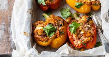 gevulde paprika met rijst en feta, makkelijk recept, Griekse gevulde paprika, vegetarisch