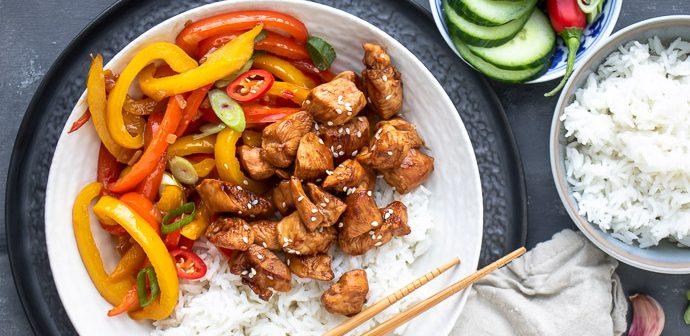 kip teriyaki, makkelijke maaltijd met kip en rijst, kip teriyaki met rijst, kip met een sausje